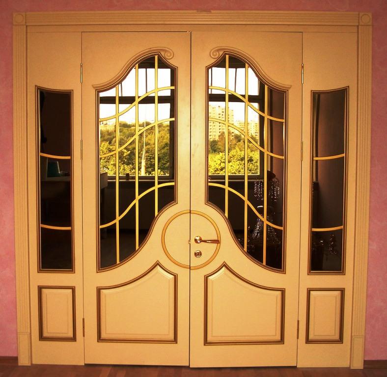 двери из массива в спб